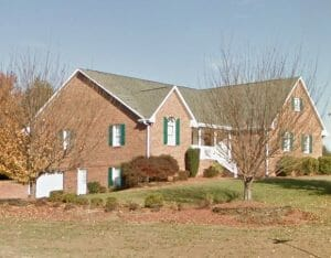 130 Glen Oaks Dr. King, NC 2